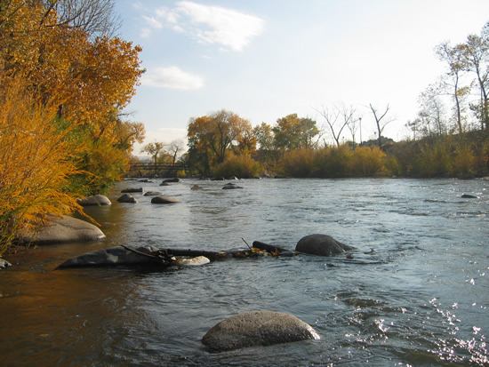DOWNSTREAM PHOTOGRAPH - TRUCKEE RIVER - RENO (TRRN2)